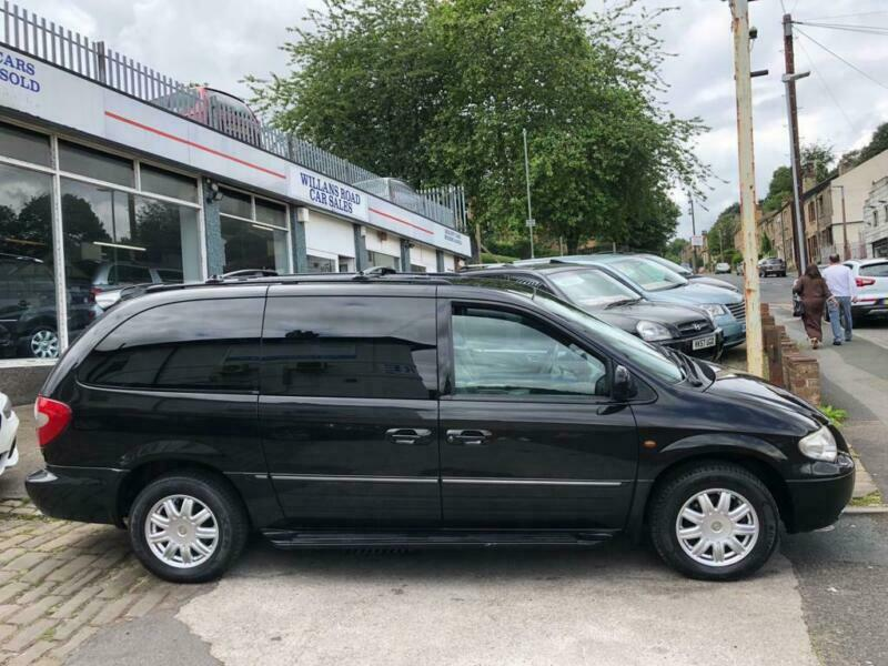 2006 06 CHRYSLER GRAND VOYAGER 3 3 LIMITED XS AUTOMATIC PETROL STOW N GO |  in Dewsbury, West Yorkshire | Gumtree