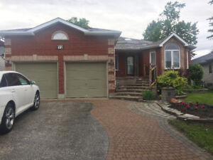 Barrie: 3-bdrm BUNGALOW for rent