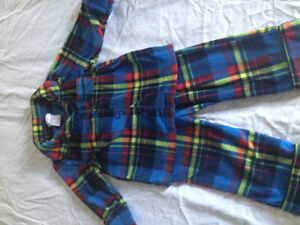 Joe fresh toddler 1 year fleece pjs Kitchener / Waterloo Kitchener Area image 1