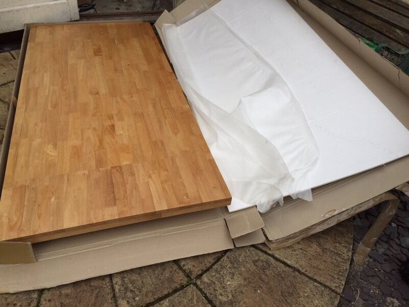 BRAND NEW Boxed Solid Wood Santiago Autumn Extending Dining Room Table