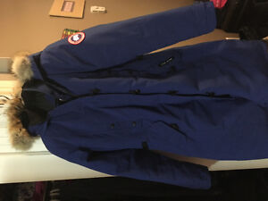 Women's size small Canada Goose