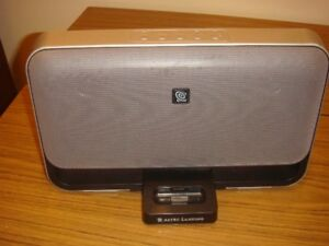 Altec Lansing M602 Speaker Dock System iPod or iPhone