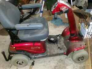 Rascal 600f mobility scooter for parts or repair