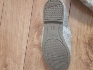 Size 10 Girls dress shoes