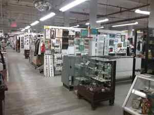 Canada's largest antique mall 600 booths to browse