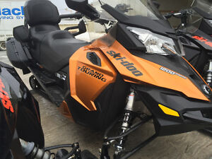 2016 SKIDOO GRAND TOURING SE 1200 4 STROKE
