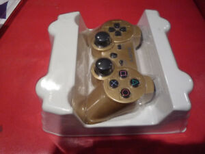 Sony - PS3 -  Dual Shock 3 Controller - Wireles - Gold Color