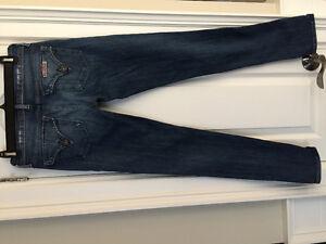 HUDSON Women's Dark wash jeans SZ 26 Designer brand $280+ retail