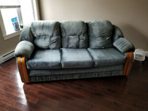 3 person couch for sale
