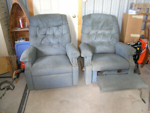 Two Matching La-Z-Boy Recliners - Price Reduced!!!