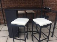 Outdoor poly-rattan garden bar with 4 stools & cushions