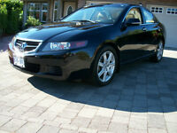 2004 Acura TSX RARE 6 SPD MANUAL, BLACK PEARL WITH TAN LEATHER.