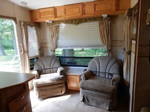 5th wheel sunnybrook Campbell River Comox Valley Area image 2