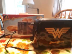 For Sale Wonder Woman Toaster