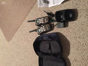 MOTROLA TWO-WAY RADIO*NEW*REALTREE