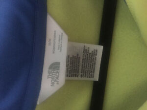 North face sweater- brand new Kitchener / Waterloo Kitchener Area image 2