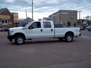2015 Ford F-250 XL--Crew Cab-- Long Box 4X4 St # 1013