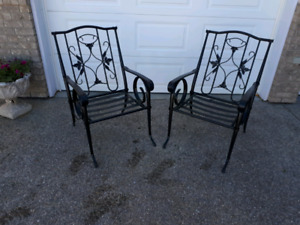 Patio chairs  Sold pending pickup