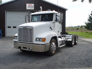 10 ROUES FREIGHTLINER CON 1998
