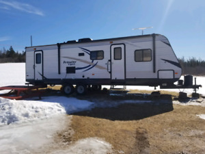 2016 Prowler 285LX travel trailer