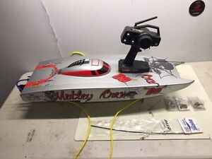 RC BOAT - Motley Crew FE. The Rock Star of Racing Boats!