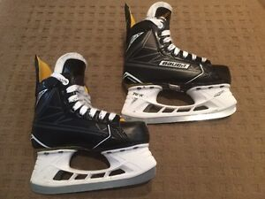 S170 Junior Size 1D Hockey Skates. Like New!