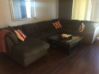 4.5 condo - For rent/A louer - Brossard - Parking/Stationnement