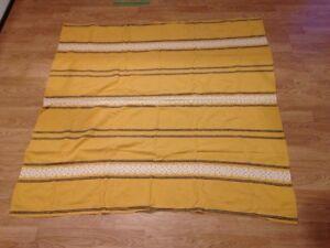 Retro square table cloth and 6 napkins