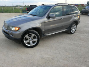2005 BMW  X5 4.4 V8 with new tires and great condition, safety