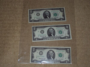 UNITED STATES OF AMERICA, THREE TWO DOLLAR BILLS FROM 1976, VF