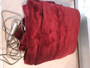 "Burgundy heated blanket 50"" x 60"""