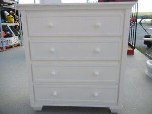 Commode Graco blanc,bureau mobilier meuble chambre enfant bébé