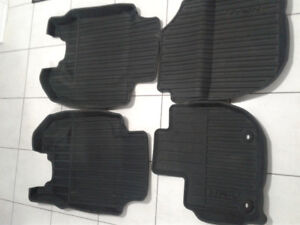 CAR RUBBER MATS-ORIGINAL FOR HONDA HRV