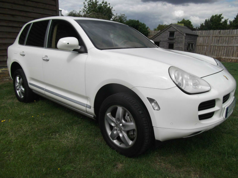 2006 4x4 lhd porsche cayenne s 4 8l tiptronic sat nav left hand drive uk reg in ruislip. Black Bedroom Furniture Sets. Home Design Ideas