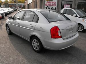 2007 ACCENT GL SEDAN  LOADED  5 SPEED  ONE OWNER-NO ACCIDENTS Windsor Region Ontario image 5