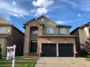 Open House Saturday - Turnkey 4 Bedroom Ancaster Home
