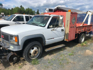 For Sale 1998 GMC 3500 Dually  c/w flat deck and electric crane
