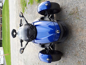 Can am spyder rs 2010 super condition