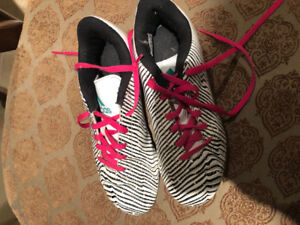 GUC size 3 adidas outdoor soccer shoes