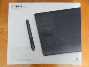 WACOM - Intuos Touch 5 - small - GRAPHIC TABLET - $150 obo