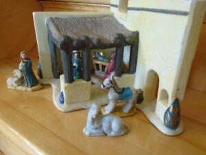 creche de Noel en céramique avec  6 personnages