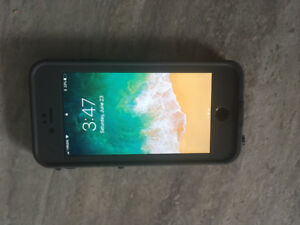 32 GB iPhone 6 with life proof case