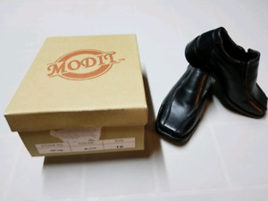 Modit all leather black dress shoes boys size 10