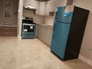 $2000 / 1br - 630ft2 - Brand New Laneway House Vancouver West Si