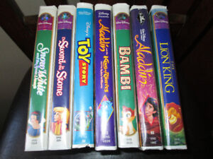 DISNEY VHS MOVIE LOT  7 movies, excellent condition.