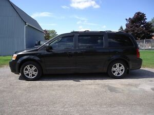 2010 Dodge Grand Caravan SE. Remote Start. Traction Control.