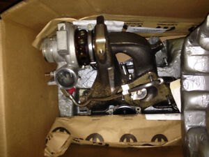 2.4L PT GT Turbocharger and Manifold