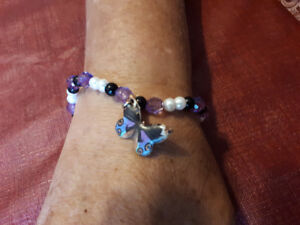 Selling:  Handmade Beaded Braclettes and  Necklaces