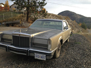 1981 Lincoln Mark V1 Signature Series