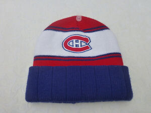 tuque officiel du Canadien ( Neuve )